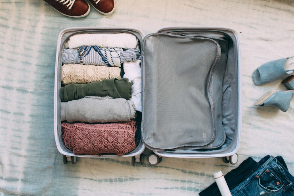 pack a Suitcase