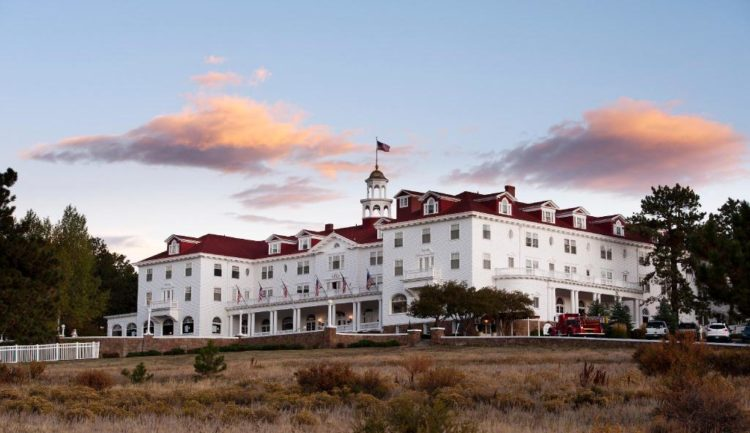 10 MOST HAUNTED HOTELS IN THE WORLD